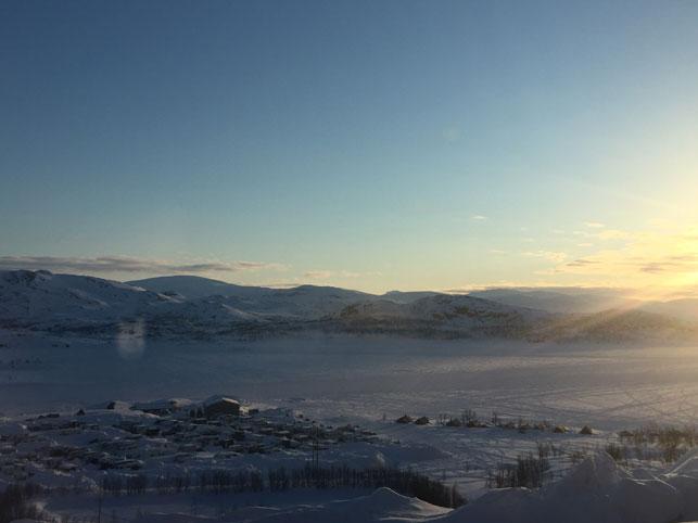 Riksgransen-lake-view